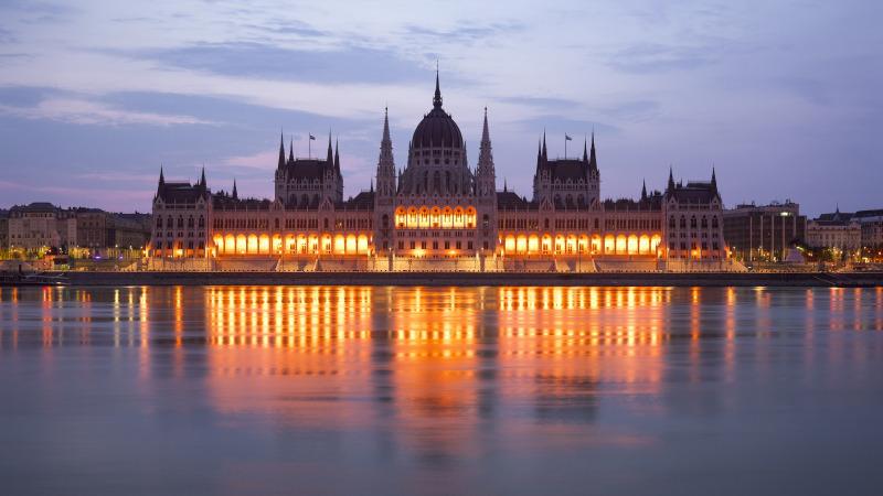 Budynek parlamentu w Budapeszcie Wikimedia Commons
