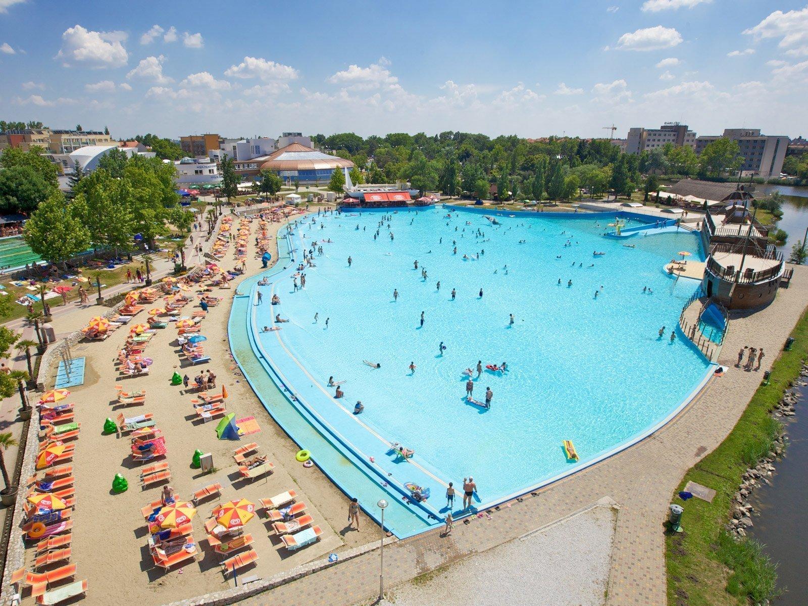 Hajduszoboszlo baseny termalne, w których się zrelaksujesz/ źródło: www.hajduszoboszlo.hu