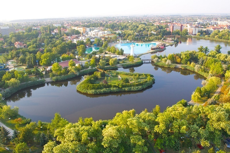 Hajduszoboszlo baseny termalne, w których się zrelaksujesz / źródło: hajduszoboszlo.hu
