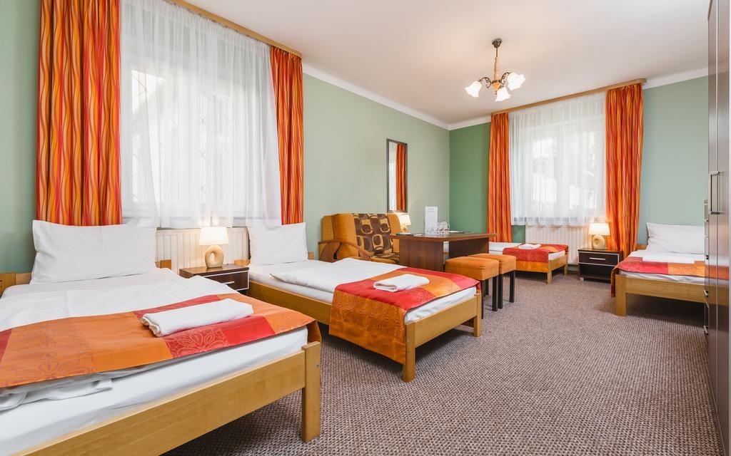 Hostel Biały Dom - Kraków tanie noclegi na majówkę