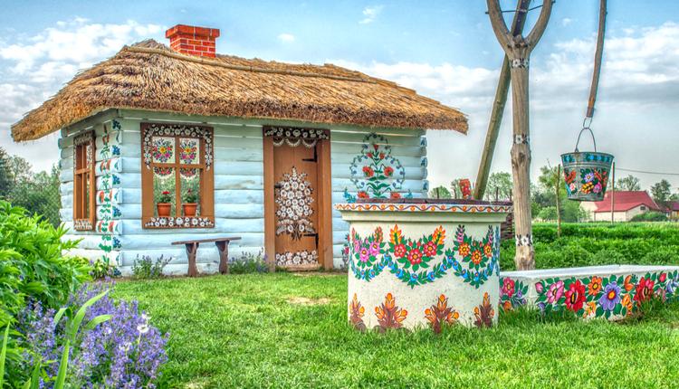 Zalipie — miejsce, w którym czas płynie w kolorowych domach