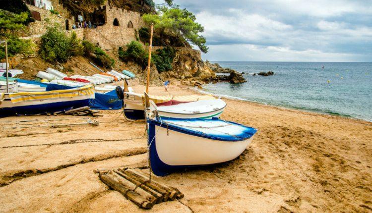 Tanie wakacje za granicą - na co zwrócić uwagę?
